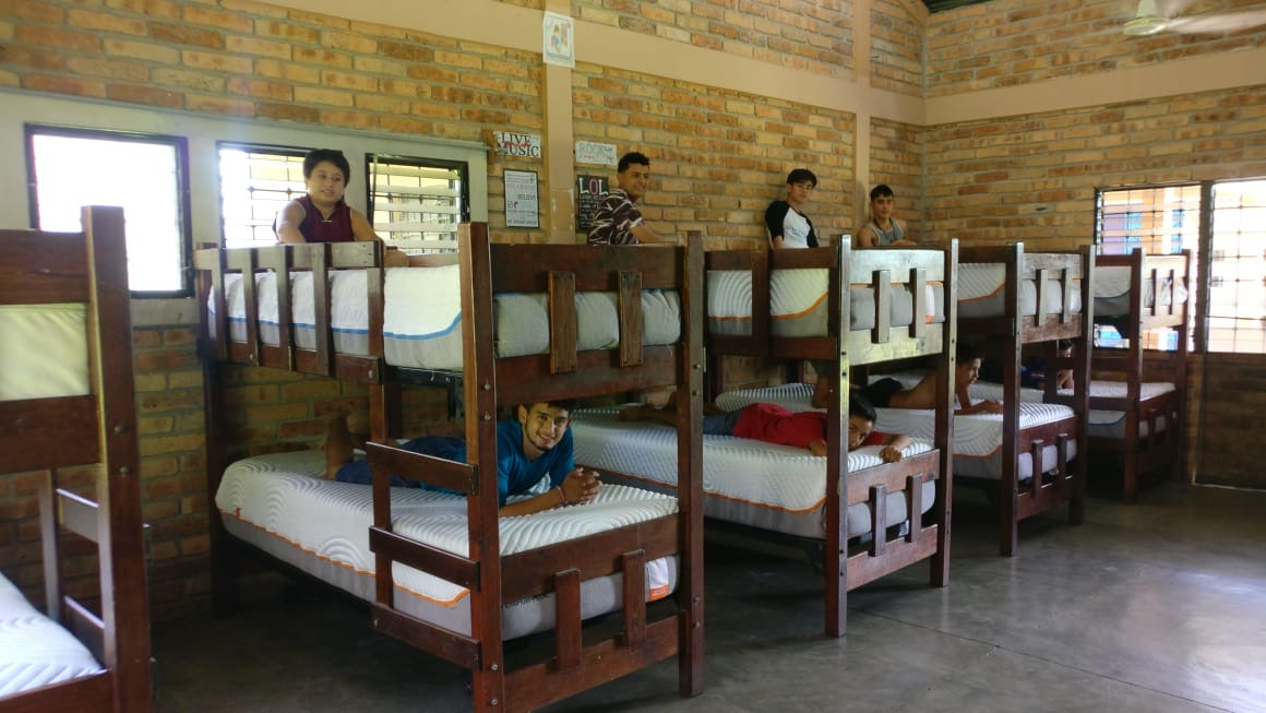 Donation of 32 mattresses to Fundación AHLE