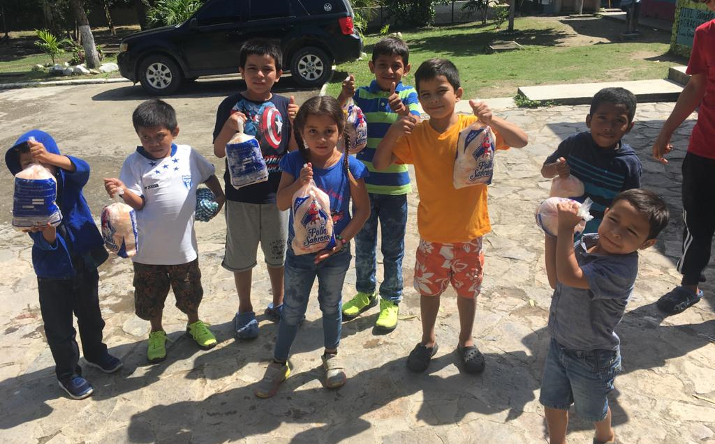 Donation of 200 chickens to children's homes Thanks to Osovi and Pollo Sabroso
